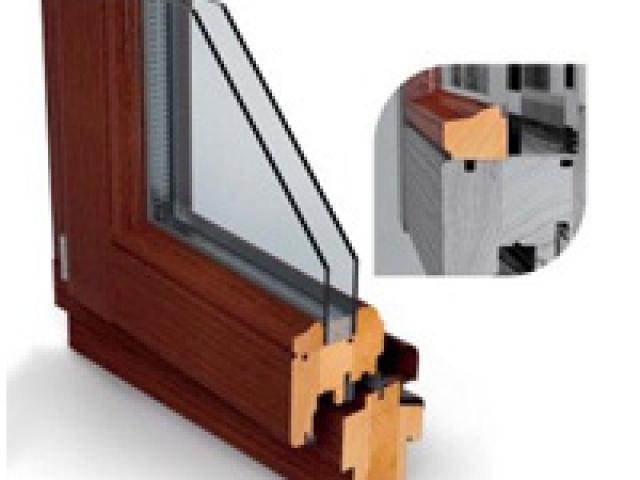 Műanyag és fa nyílászárók – Fa ablak